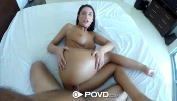 Brunette gets a nice buttfuck